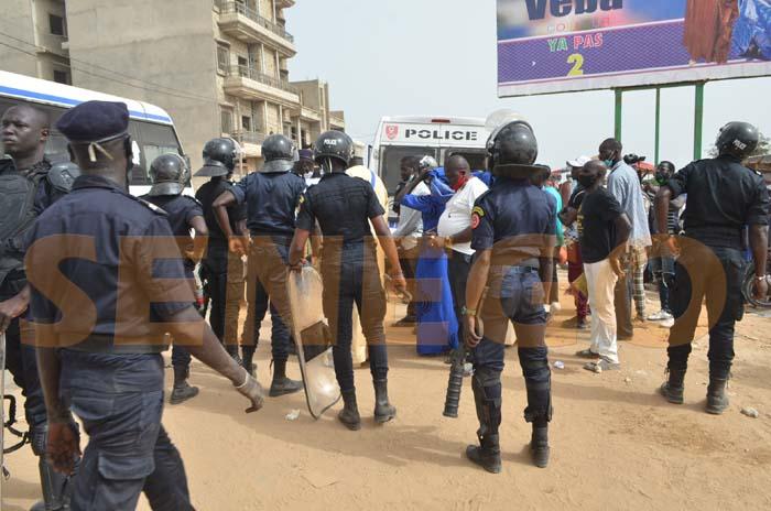 Police-arresetation (19)