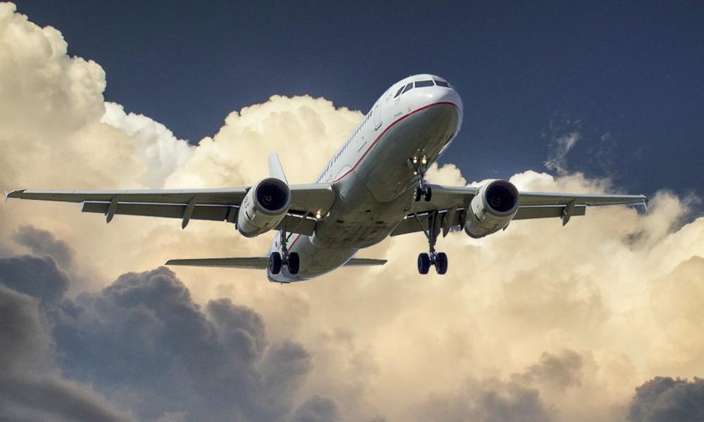 avion-nuages