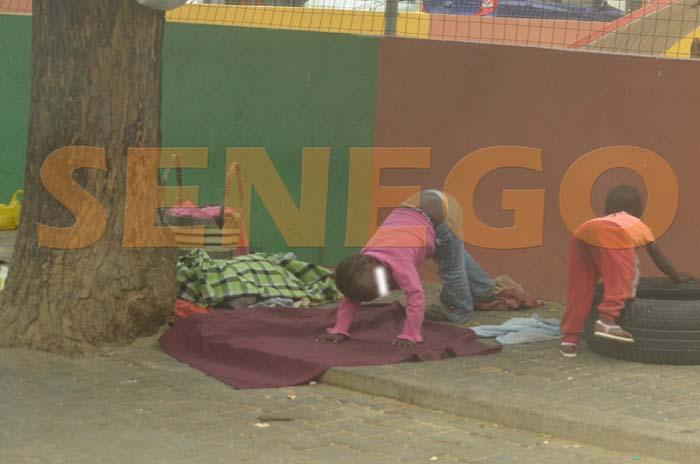 Enfants de la rue-mandiants (3)