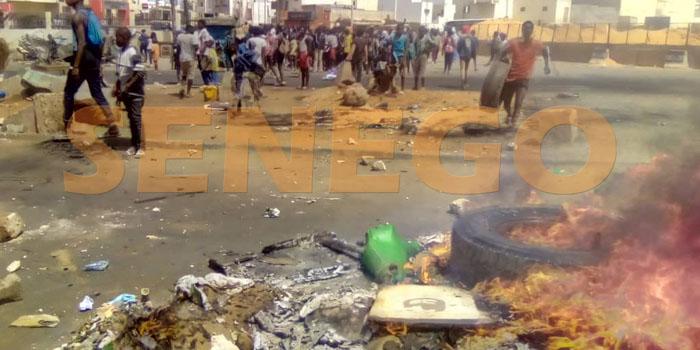 Emeutes-affrontements-manifestations (6)