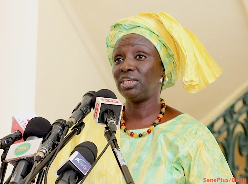 En meeting en Grand-Yoff, Aminata Touré appelle à l'unité