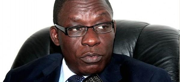 Aïda Ndiongue, crei, Farba Senghor, Poursuivre les fonctionnaires