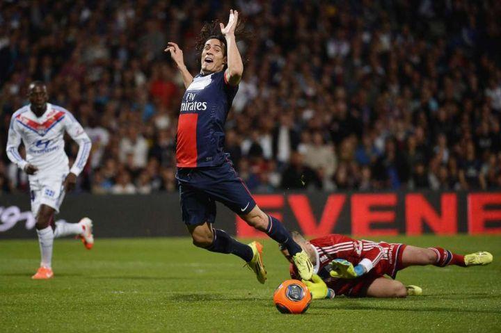 Lyon inflige au PSG sa deuxième défaite de la saison