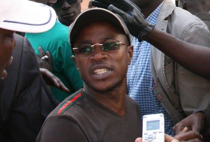 L'argent divise les jeunes apéristes: Pour Abdou Mbow, c'est son épouse avant le parti