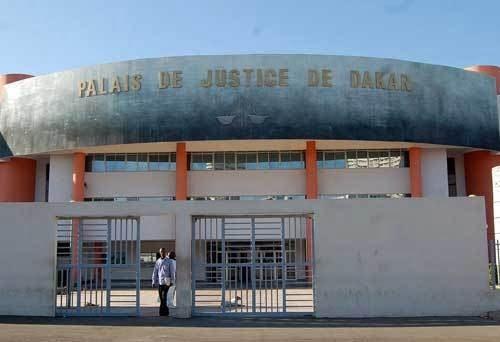 Cour d'Assises, Révélation, Travailler avec policier, Vendeur yamba