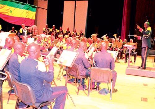 Armée, Concert social, Pape Diouf, Retard