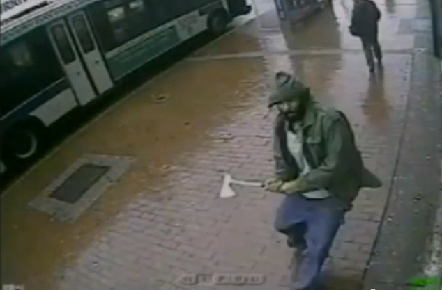 NYPD__Suspect_in_hatchet_attack_on_four_Queens_cops_-_YouTube