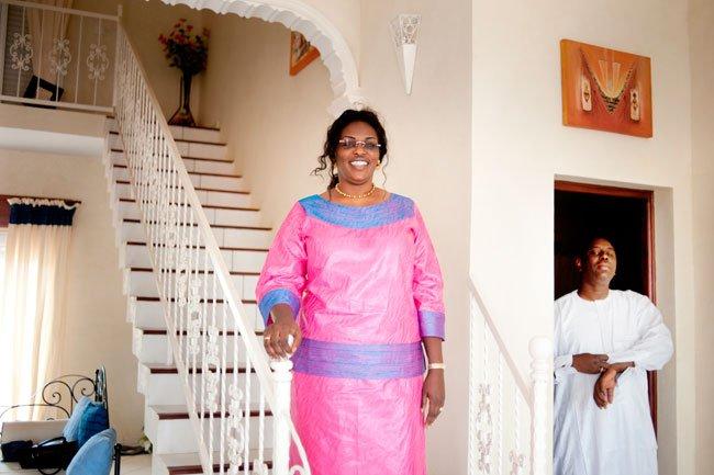 Kaolack la famille de la premi re dame c l bre un tour for Chambre de commerce de tours