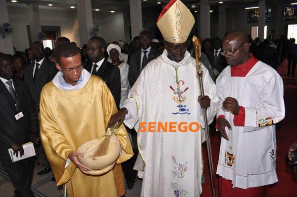 Macky Sall souhaite bonnes fêtes aux Chrétiens du Sénégal