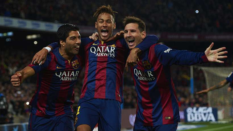 Barcelone réussit le double en attendant le triplé
