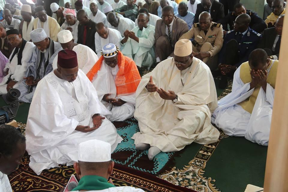 (6 Photos) Prière du vendredi du président Sall à la Grande Mosquée de Liberté 6