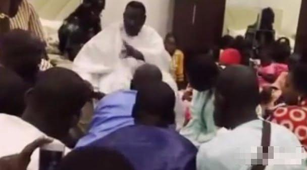 Vidéo: Voici les propos de Bethio Thioune qui provoquent la colère de la famille de Serigne Fallou. Regardez