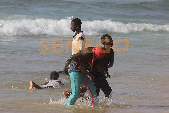 enfants à la plage (2)
