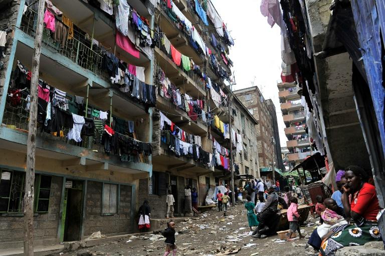 Effondrement d un immeuble nairobi un b b retrouv vivant quatre jours apr s - Trouver syndic d un immeuble ...
