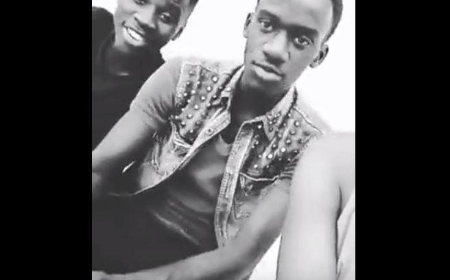 Vidéo: Le regard assassin du fils de Mapénda Seck à son ami qui l'empêche de… Regardez