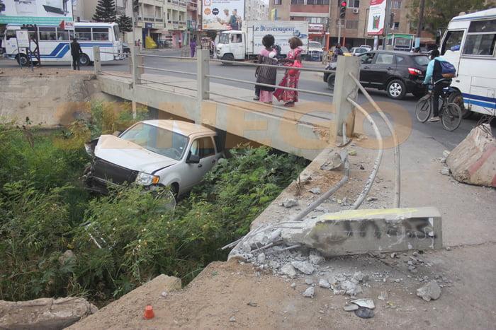(6 photos) – Accident insolite dans le Canal 4, regardez