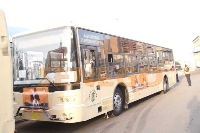 Bus-Dakar dem dim (1)