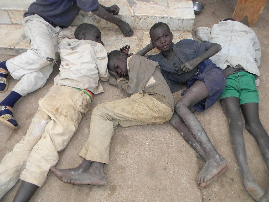 Dakar, enfants dans les rues, Niokhobaye Diouf, Opération, Retrait