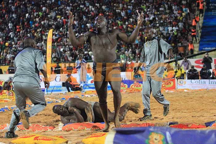 Lac 2,  leader de l'arène. Les jihadistes sénégalais dans la tourmente. Points sur l'actu de ce lundi sur Senego