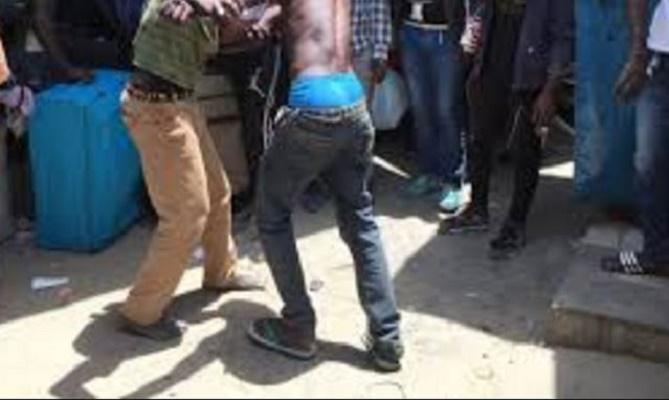 Vidéo: Un groupe d'agresseurs en pleine action à Dieuppeul. Regardez