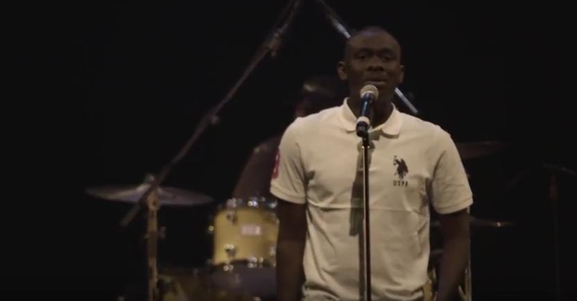 Vidéo: Revivez le concert de Pape Diouf et Baï Babou à Montréal, en 1ère partie Hampaté avec le RGSC – Regardez