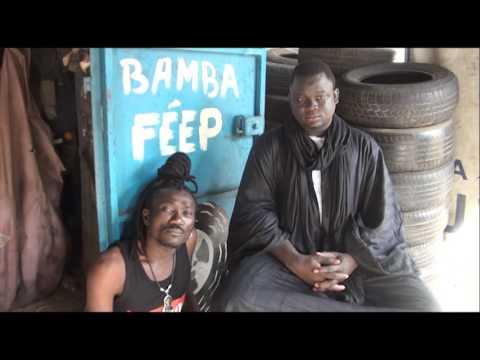 Vidéo : Quand Baye Fall apporte la réplique � ses détracteurs devant son marabout. Regardez