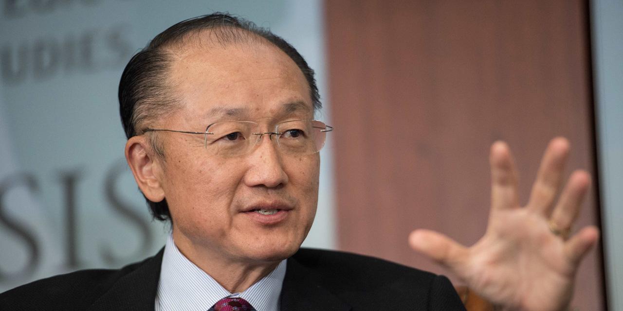 l-americain-jim-yong-kim-unanimement-reconduit-pour-5-ans-a-la-tete-de-la-banque-mondiale