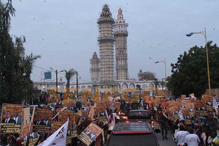 Macky Sall souhaite un cadre consensuel pour les interventions publiques lors des manifestations religieuses
