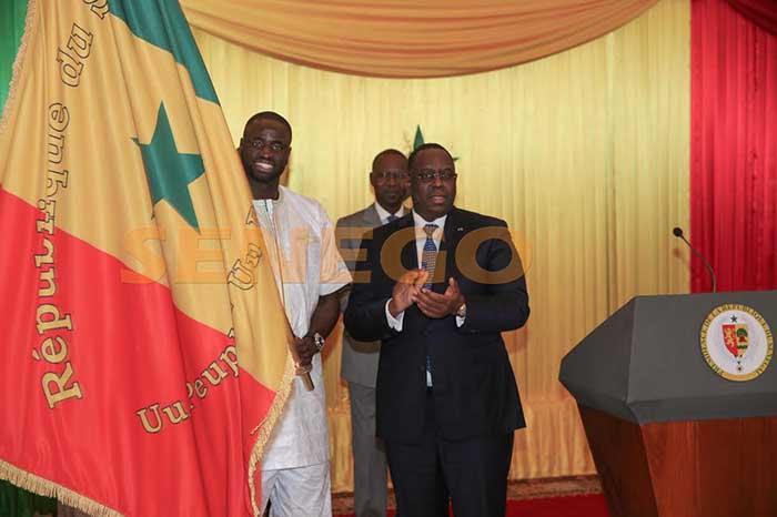 Lions du Senegal-drapeau national (15)