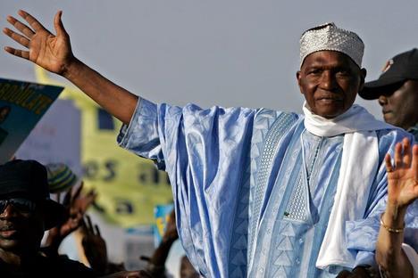 Abdoulaye Wade appelle à une marche pour réclamer les cartes d'électeur — Sénégal
