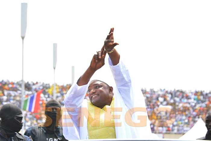 Adama Barrow (1)