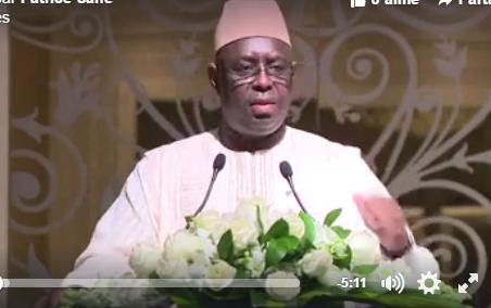 Gambie: Macky Sall reçoit la communauté senegalaise