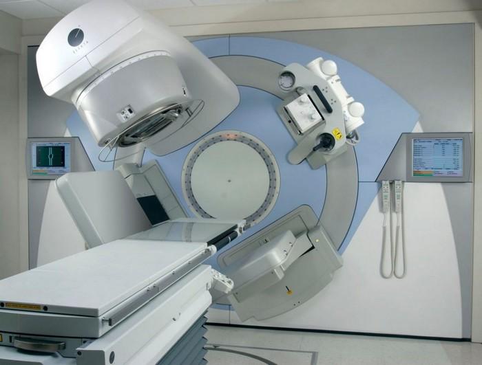 deux machines, Ministre de la santé, radiothérapie