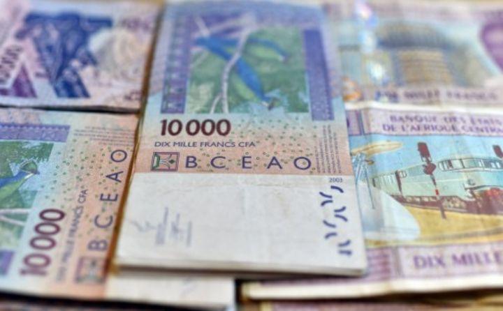 Quatre personnes arrêtées en possession de 29,9 millions de francs CFA en monnaie illégale