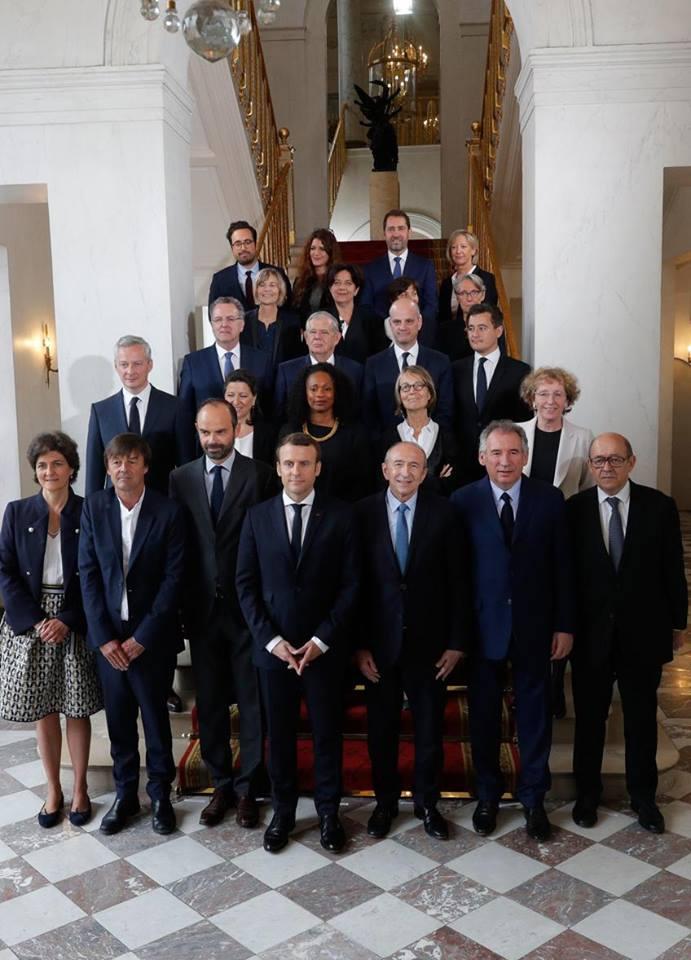 france  le premier conseil des ministres du nouveau gouvernement
