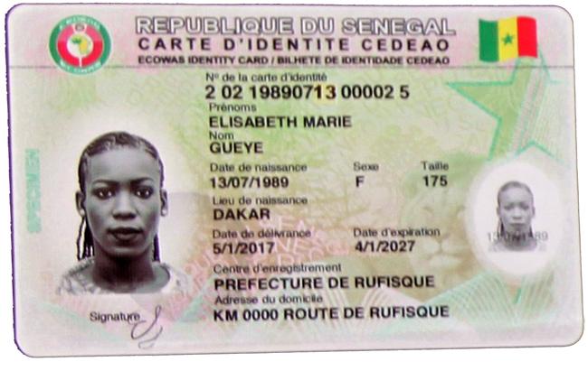 autorités administratives, Les cartes d'identité, nationale et d'électeur, transmises