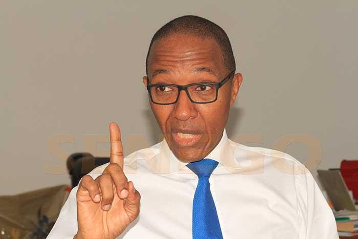 Abdoul Mbaye, convaincu qu'il ne peut pas gagner au 1er tour, est en train de, Macky Sall