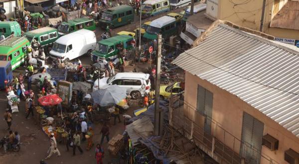 attaque, Banlieue, Etrangers, Mali