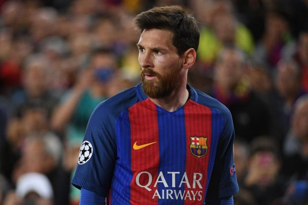 Lionel Messi prolonge au FC Barcelone jusqu'en 2021