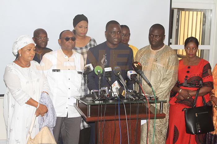 Une coalition de l'opposition conteste les résultats des législatives au Sénégal