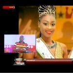 La fille nigériane aux yeux kaléidoscopiques sollicitée pour une carrière de top modèle