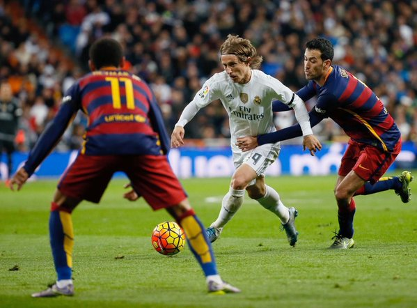 Modric, la suspension interminable — Real