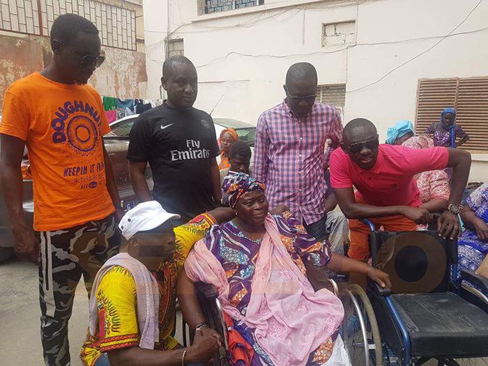 Pape diouf au chevet des handicapés (15)