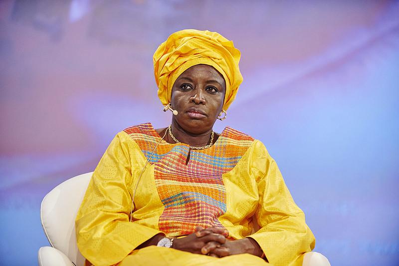 Cadence, gouvernement, Mimi Touré, ralentissement