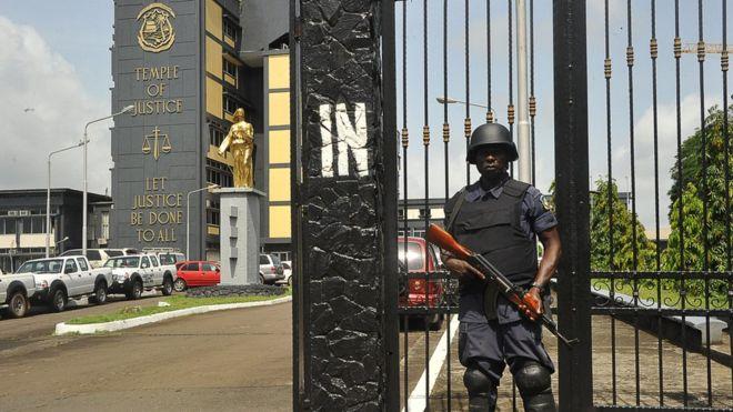La commission électorale, le premier tour, le recours, Libéria, rejette