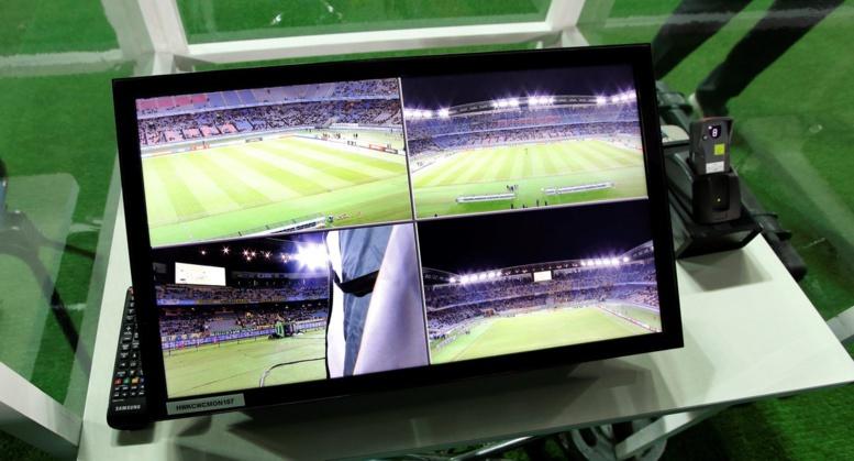 Ligue 1: La LFP adopte l'arbitrage vidéo dès la saison prochaine