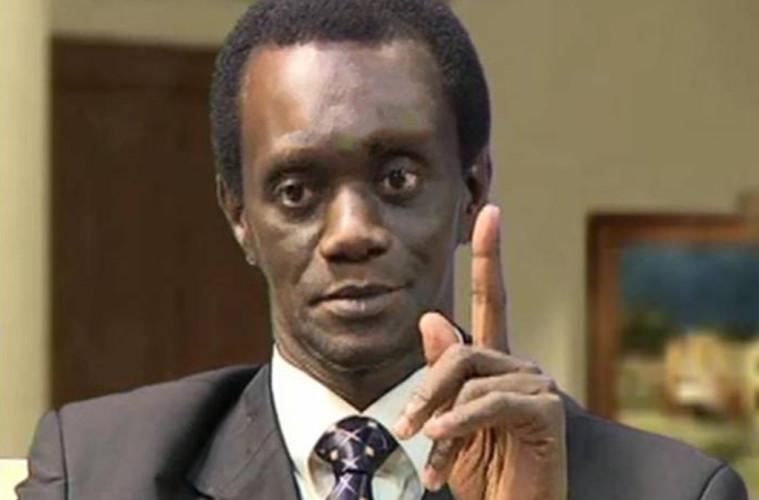 le départ, mame matar gueye, Regretter, Robert Mugabe