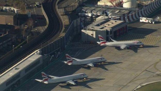 Aéroport, Bombe, City, Londres