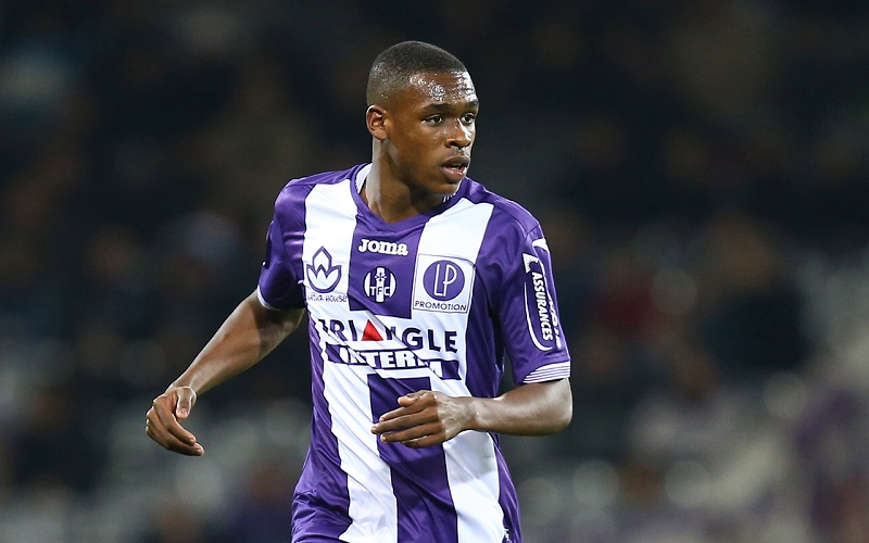 Barça, issa diop, Toulouse