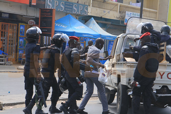 « Luttons Contre l'Indiscipline au Sénégal », Dic, LCIS, Perquisition